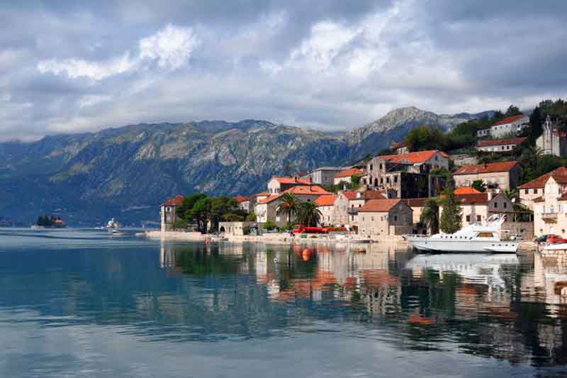 Montenegro notes a decline in property prices