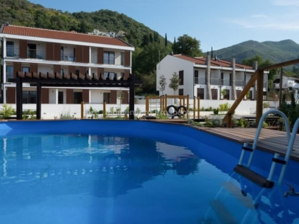 Townhouse in Tivat No. 1302