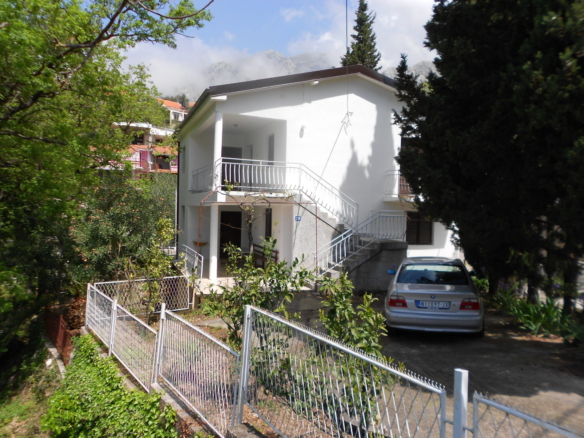 House in Sutomore No. 1311